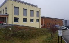 Die Lagerhalle bietet neue Büroräumlichkeiten und Lagerfläche.